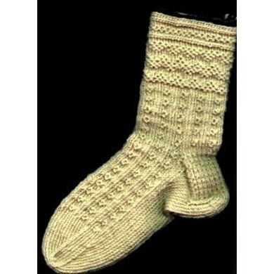 Zig-Zags and O's : Twined Knitted Socks