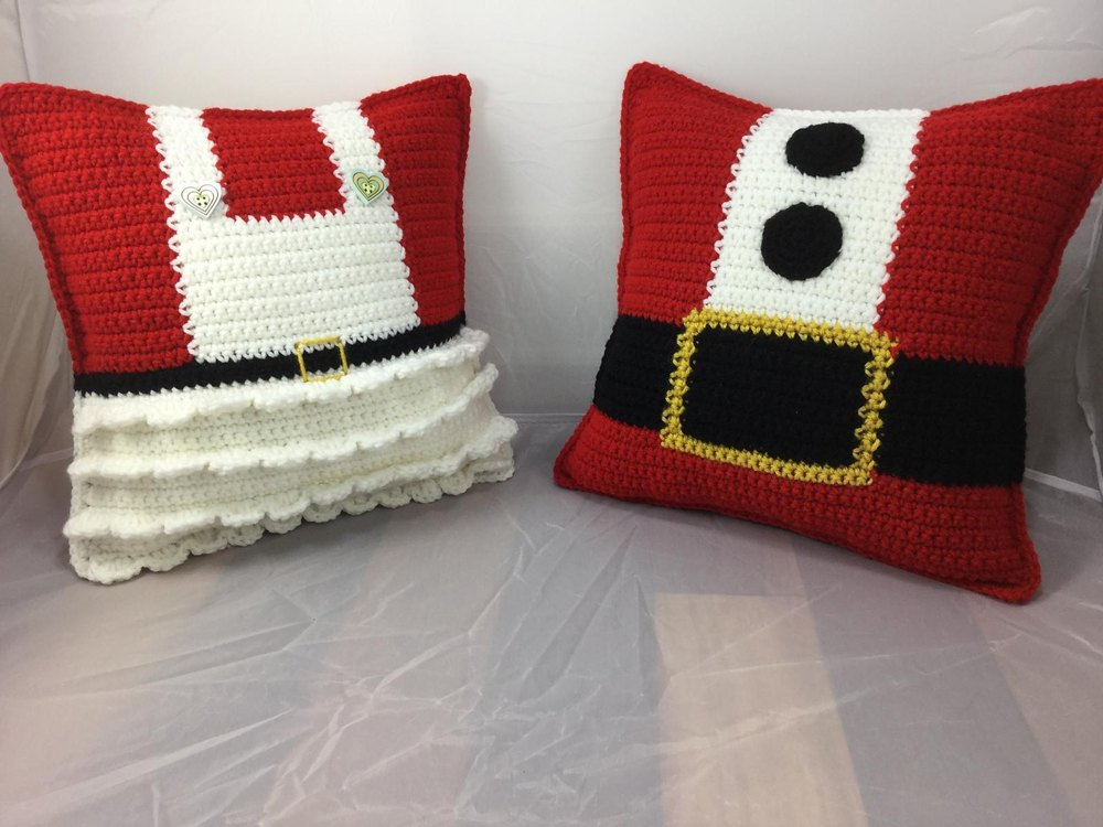 Mr And Mrs Claus Pillows Crochet Pattern By Lisa Kingsley