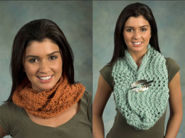 Feather & Fan Cowl in Plymouth Baby Alpaca Grande - F326