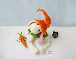 Beads jointed White Rabbit