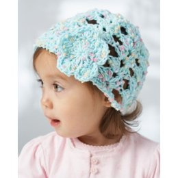 Lacy Shells Baby Hat in Bernat Dippity Dots