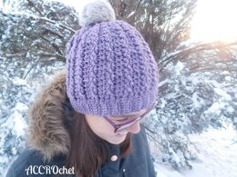 Trinity cabled hat