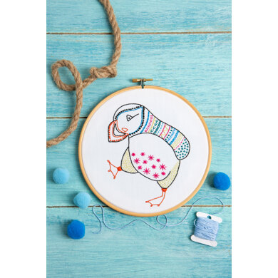 Hawthorn Handmade Puffin Contemporary Embroidery Kit - 12 x 15cm / 4.72 x 5.9in