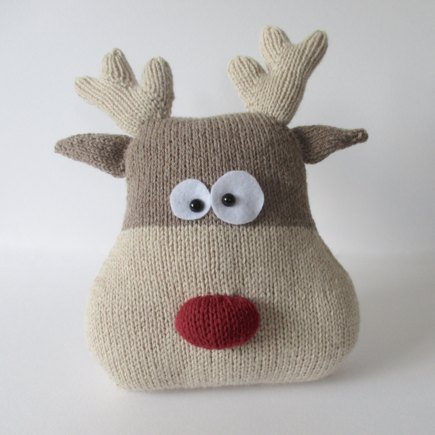 Reindeer Cushion Knitting Pattern : Reindeer Cushion knitting project by Amanda Berry LoveKnitting