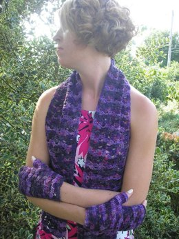 Midnight Lace scarf and fingerless gloves