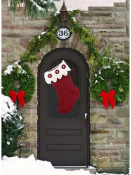 Front Door Stocking in Caron One Pound - Downloadable PDF