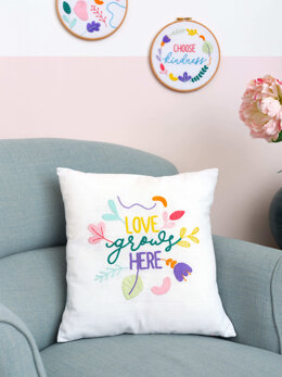 Anchorfreestyle: Ana Clara Love Grows Here Cushion EmbroideryKit