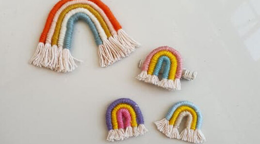 macrame rainbows