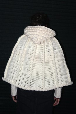 Woodland Cape with Cables Pattern