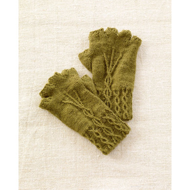 Knit Pattern Gloves Sock Yarn : Fingerless Gloves in Lion Brand Sock Ease - L0704