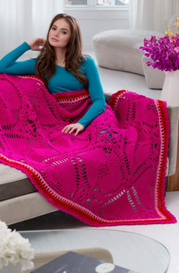 Love My Valentine Throw in Red Heart Super Saver Economy Solids - LW4613 - Downloadable PDF