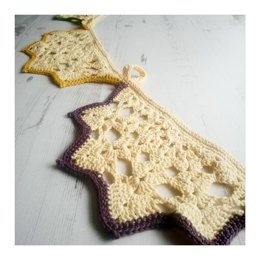 Garland :: Lacy Doily Bunting