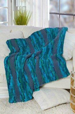 Cozy Up Knit Throw in Red Heart Sweet Home - LM6492 - Downloadable PDF