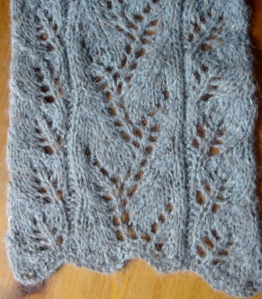 Vine Leaf Knitting Pattern : Vine Lace and Leaf panel scarf Knitting pattern by Twisted ...