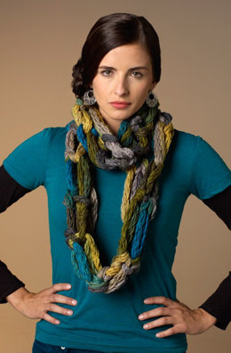 Hand-Crochet Cowl in Red Heart Boutique Dash - LW3480 - Downloadable PDF