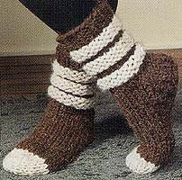 Scrunchy, Slouchy Slipper Socks in Lion Brand Wool-Ease Thick & Quick - 915