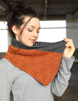 Mock Rib Cowls in Plymouth Yarn Merino Textura - f728 - Downloadable PDF