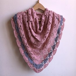 Arrow triangle shawl