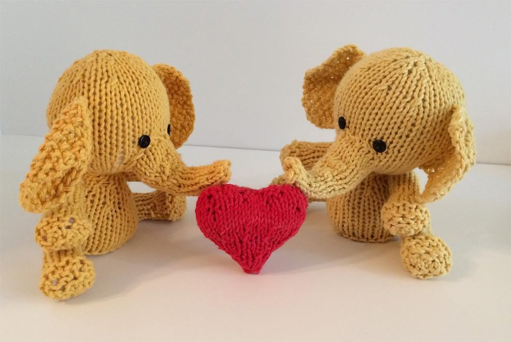 Knitkinz Hadoop Elephant - for Your Office Knitting pattern by knitvana Kni...