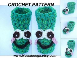 368. FROG BOOT/SLIPPERS, Newborn to Adult large