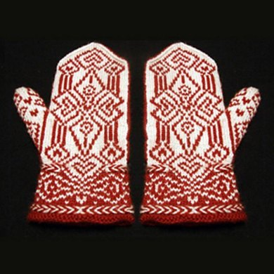 The Spear Maiden's Heart Mittens