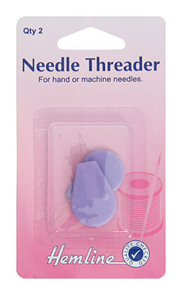 Hemline Plastic Needle Threader