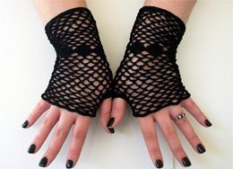 Fishnet Fingerless Gloves With Diamonds