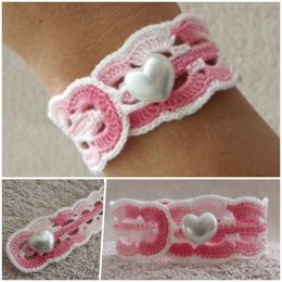 Crocheted Waves Bracelet
