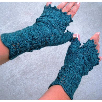 Nancy Pearl Mitts