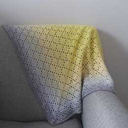 Dainty Diamond Blanket