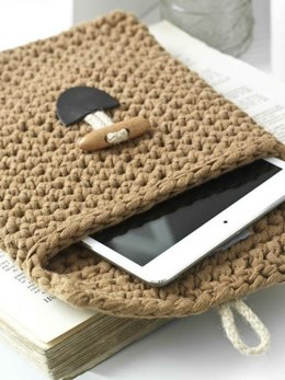 Kit Tablet Cover in Hoooked Ribbon XL Solids