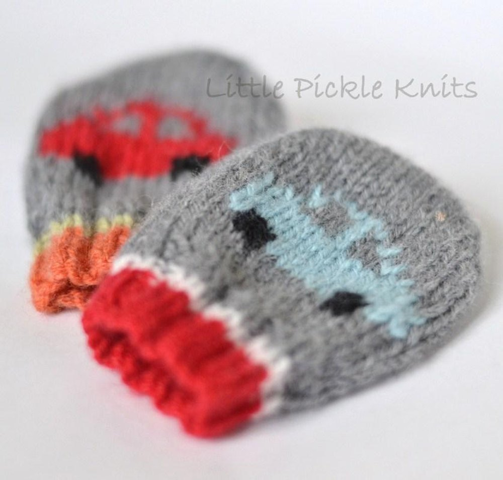 Baby Mittens \'Little Cars\' Knitting pattern by Little Pickle Knits ...