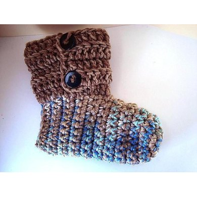 678 BUTTON CUFF SLIPPERS OR BOOTIES