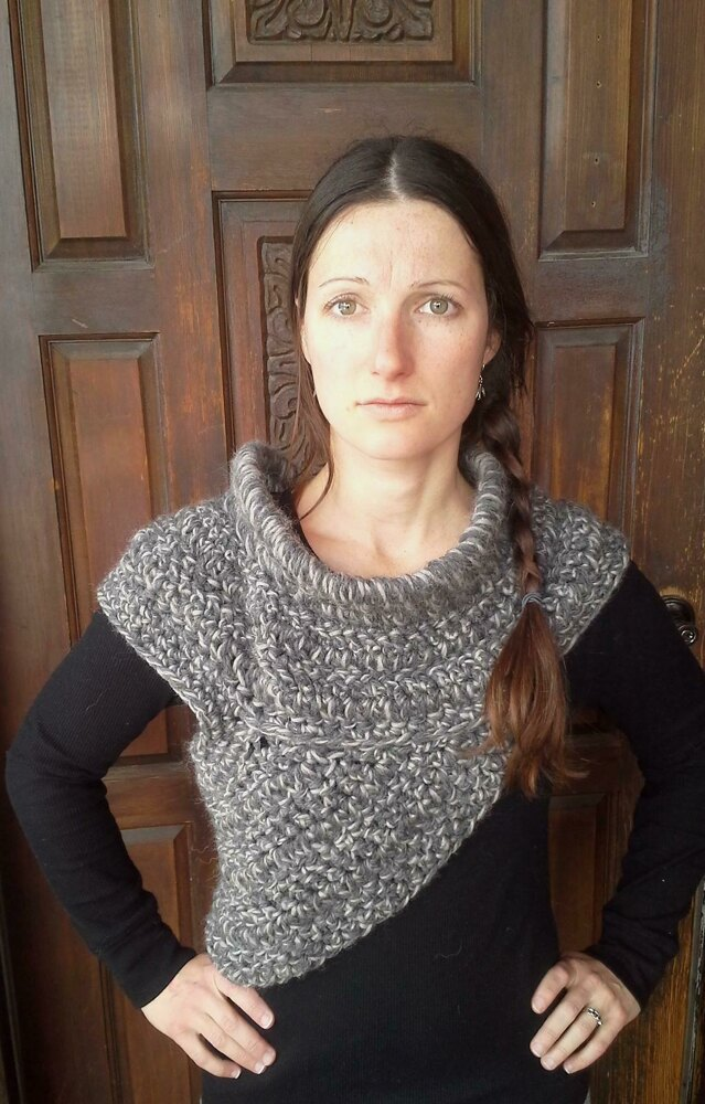 The Hunter Cowl Inspired By Katniss Crochet Pattern By Patterns In