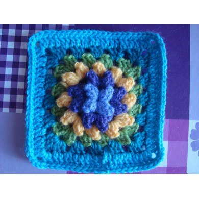 Alex - granny square