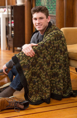 Man Cave Throw in Red Heart Super Saver Economy Solids and Prints - LW4895 - Downloadable PDF