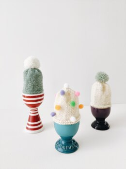 Betty: the simple bobble egg cosy