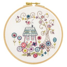 Un Chat Dans L'Aiguilles The Enchanted Forest Contemporary Embroidery Kit - 15CM