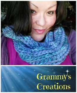 Scalloped Rails Infinity Scarf