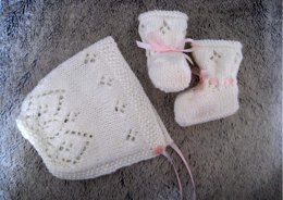 Little Angel Bonnet & Booties Set