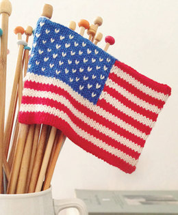 """""""Stars & Stripes Mini Flag"""" - Accessory Knitting Pattern For Other in Debbie Bliss Baby Cashmerino"""