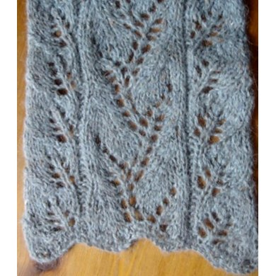Vine Lace and Leaf panel scarf