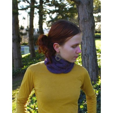 Soft Cabled Cowl