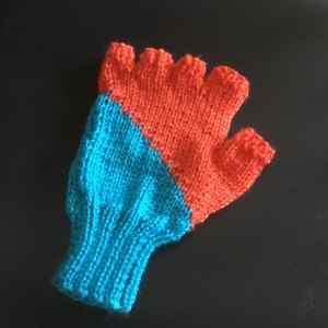 bcce1e8c8d0 Hat and Gloves in Sirdar Country Style DK and Wash  n  Wear Double ...
