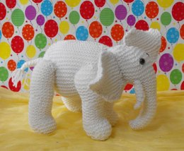 NURSERY WHITE ELEPHANT TOY KNITTING PATTERN - MADMONKEYKNITS