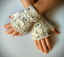 Fingerless Gloves – with OWLS!