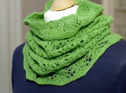 "Lace cowl ""Cathrin"""
