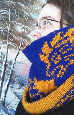 Winter's Ward Double-Knit Dragon Cowl