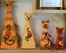 Quirky Cats Ornament Decoration Home Decor Snoo's Knits Pattern