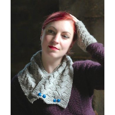 Norwegian Fir Cowl and Mitts